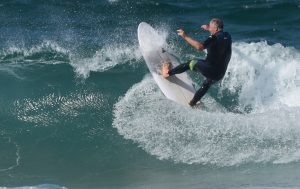 Simon Anderson surfing his Double Ender surfboard at North Narrabeen Beach
